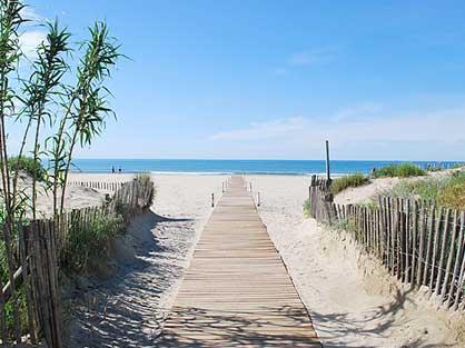 Des belles plages à une heure de Laudun pour mêler calme et soleil