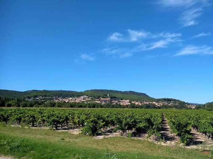 Réservez votre gîte de vacances à Laudun en Provence Occitane