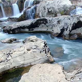 Cascades du Sautadet à la Roque sur Cèze dans le Gard