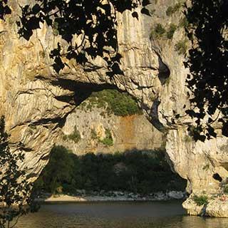 Vallon Pont d'Arc dans les Gorges de l'Ardèche
